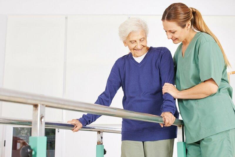 Bệnh nhân gãy xương điều trị bảo tồn (bó bột)