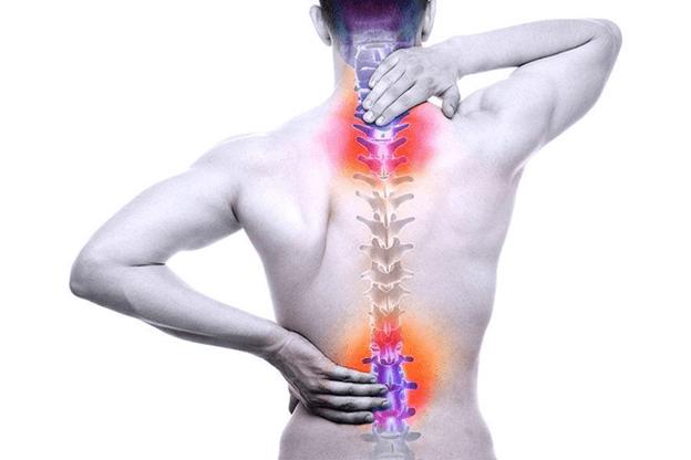 Có nhiều nguyên nhân gây nên bệnh đau lưng