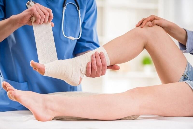 Điều trị chấn thương phần mềm, không gãy xương