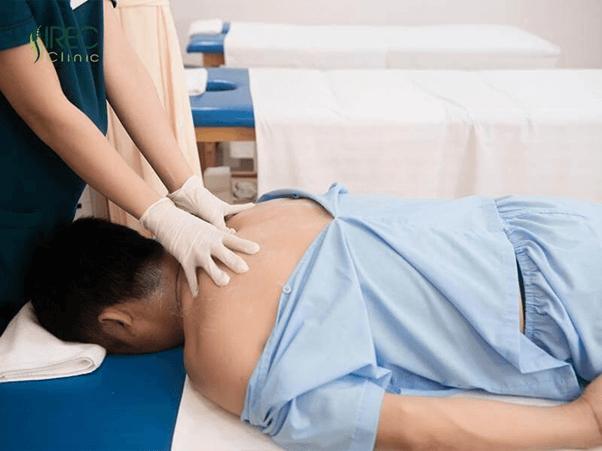 Nguyên nhân và cách điều trị viêm quanh khớp vai