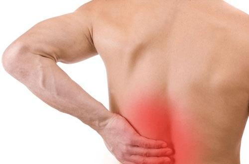 Thoát vị đĩa đệm có biểu hiện đau lưng dữ dội