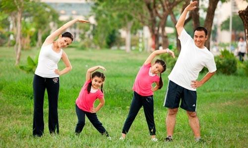 Luyện tập thể dục vừa sức sẽ giúp cơ bắp khỏe mạnh