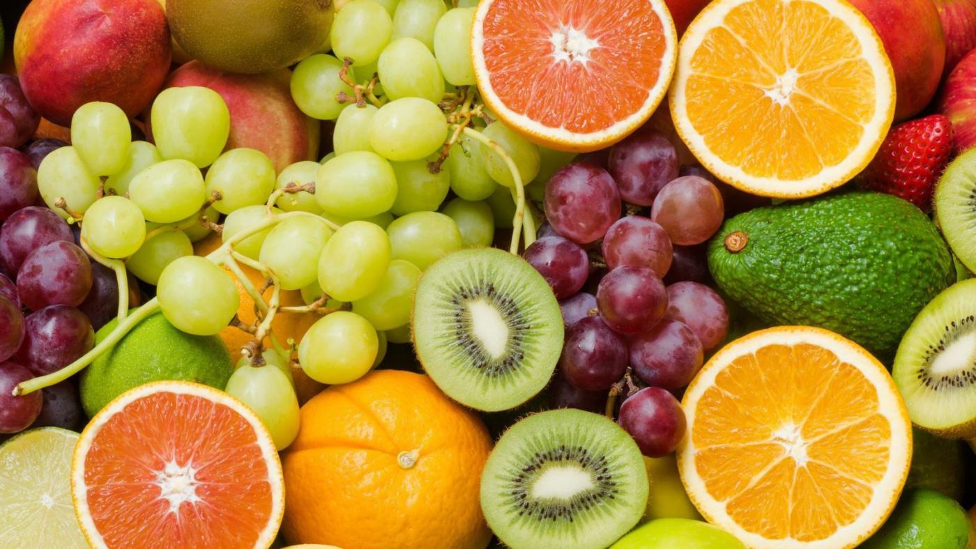 Rau xanh và trái cây tươi là nguồn cung cấp chất chống oxy hóa