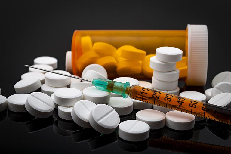 Thuốc Tây y dạng viên nén hoặc tiêm có thể trị khỏi chứng đau thần kinh tọa của bạn